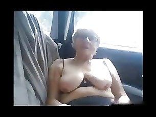 amateur squirting mature masturbation car
