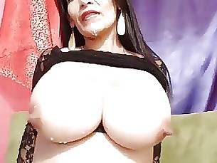 big-tits boobs lactation milf webcam