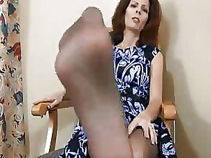fetish footjob foot-fetish pov crazy masturbation milf handjob
