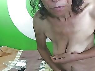 mature 18-21 amateur granny webcam