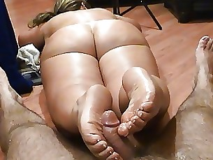 footjob foot-fetish nude fetish ass amateur milf