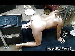 amateur brunette dildo doggy-style fuck hot masturbation milf toys