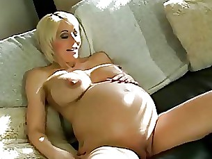 pregnant milf pornstar babe