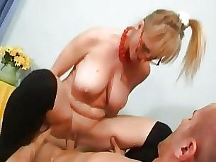 milf stunning blonde big-tits