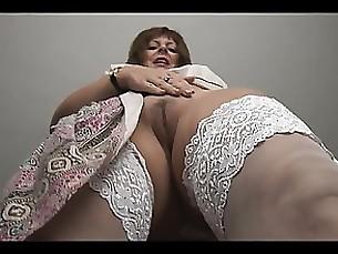 mature milf solo tease striptease babe curvy
