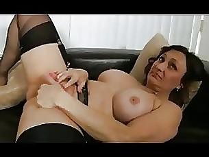 masturbation kitty fingering stocking pussy mature