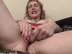 toys solo pussy milf masturbation juicy hd blonde amateur
