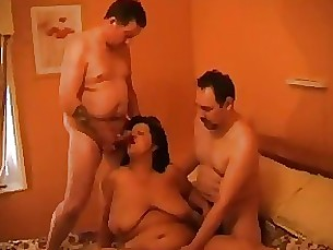 double-penetration milf granny mature threesome
