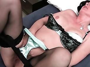 toys solo mature masturbation mammy lingerie brunette amateur
