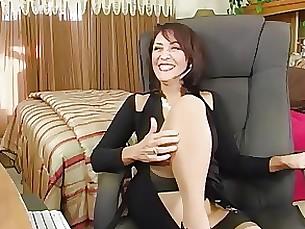 juicy milf stocking webcam