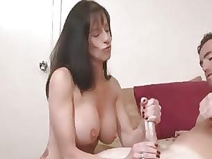 boobs big-tits babe amateur funny milf mammy