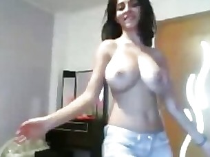 webcam tease striptease solo natural dancing milf black big-tits