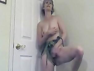 milf mature masturbation jerking amateur webcam