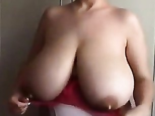 milf mammy boobs webcam tease solo natural