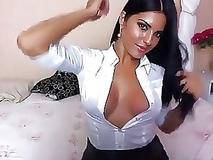babe brunette mature webcam