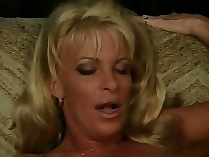 milf mature licking interracial horny fuck ebony blowjob blonde