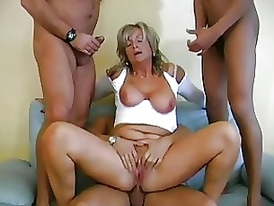 vagina mature hot granny creampie anal