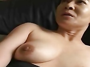 japanese mature wife milf couple double-penetration hairy