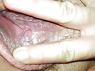 mature fingering amateur