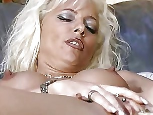 hardcore blonde 18-21 milf