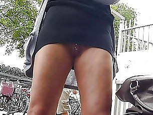 upskirt skirt public milf kitty amateur