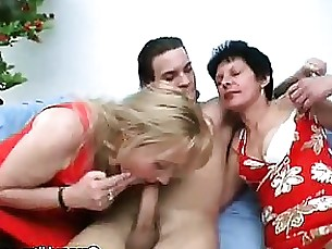 sucking nasty mature granny blowjob