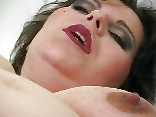 amateur mature pregnant cumshot sucking