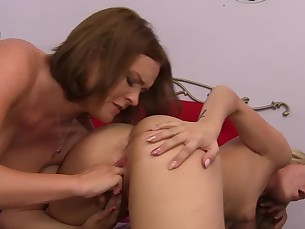 ass babe big-tits blonde cougar dolly fingering hardcore lesbian
