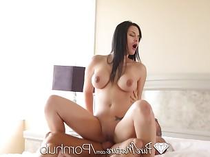 babe blowjob brunette bus busty cumshot curvy dolly flexible