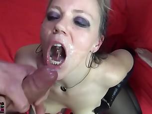 amateur babe bukkake casting cumshot fetish gang-bang hot mammy