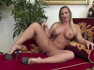 ass big-tits black boobs big-cock fuck horny hot huge-cock