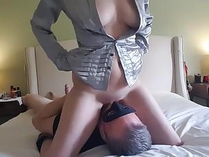 amateur brunette bus cumshot dildo domination fuck kitty licking