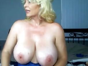 big-tits boobs feet foot-fetish hot mammy milf natural pussy