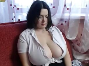 ass babe big-tits boobs brunette college bbw fatty mammy