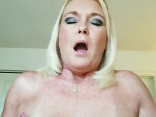 amateur blonde fetish fuck homemade small-tits little mammy mature