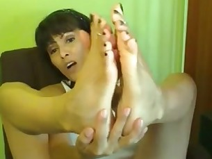 feet foot-fetish mature