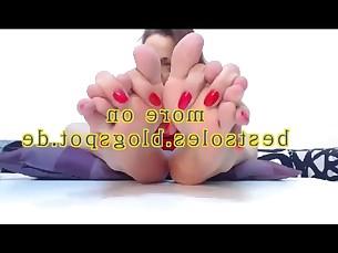 beauty bbw feet foot-fetish mature model nasty webcam