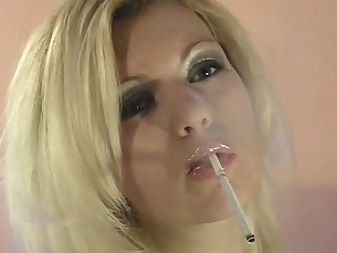 blonde close-up mammy milf smoking