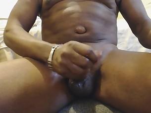 amateur close-up big-cock cumshot masturbation mature squirting webcam