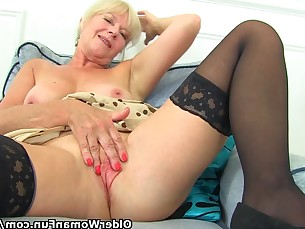 blonde bus busty fingering fuck granny high-heels masturbation mature