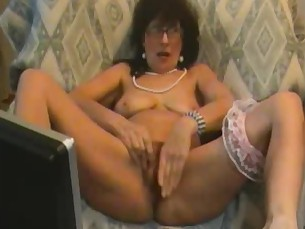 amateur big-tits boobs brunette fetish mammy masturbation mature orgasm
