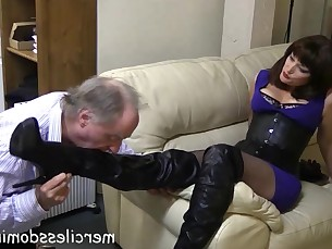 domination feet fetish foot-fetish milf slave mistress