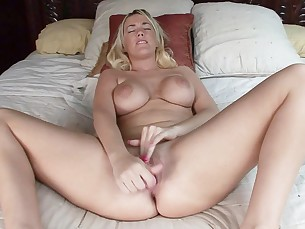 amateur big-tits blonde boobs casting couch homemade mammy masturbation
